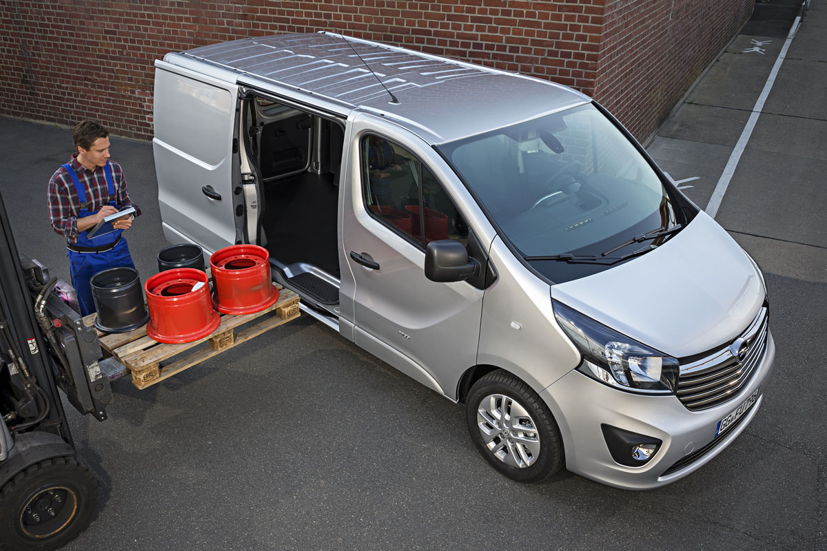 2014 [Renault/Opel/Fiat/Nissan] Trafic/Vivaro/Talento/NV300 - Page 6 M1mykccb418q