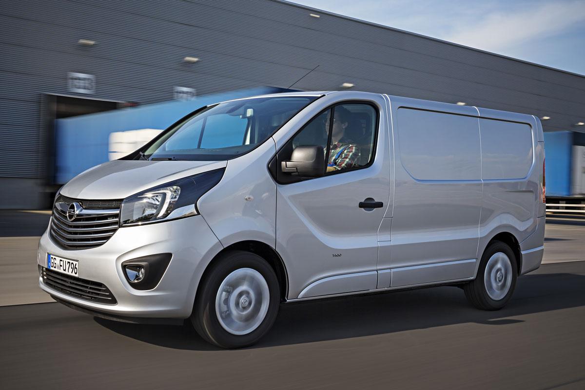 2014 [Renault/Opel/Fiat/Nissan] Trafic/Vivaro/Talento/NV300 - Page 6 M1mykccb4r8r