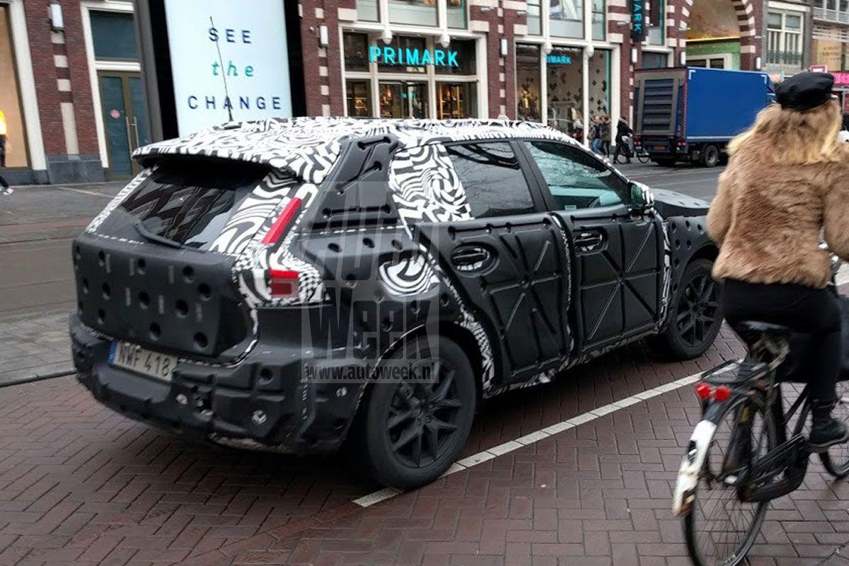 2018 - [Volvo] XC40  - Page 4 Mopymp0bjofe