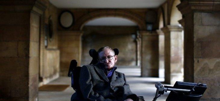 """Stephen Hawking: 'No hay ningún dios"""" (biobiochile.cl) - Página 2 000_ARP3658024-e1411321921398-730x336"""