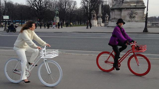 les femmes, le vélo 437512.189