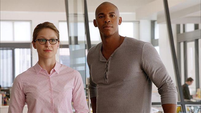 [TV] Supergirl - Irmã da Lois escolhida! - Página 6 Supergirl-and-jimmy-135539