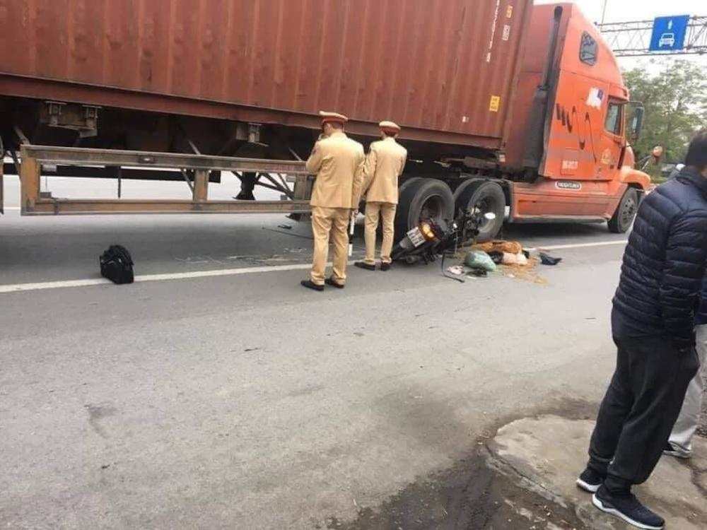Người đi đường vô tâm không giúp, thanh niên bị xe cán tử vong 13074344810574661214333723505739566915805661n-1608110738
