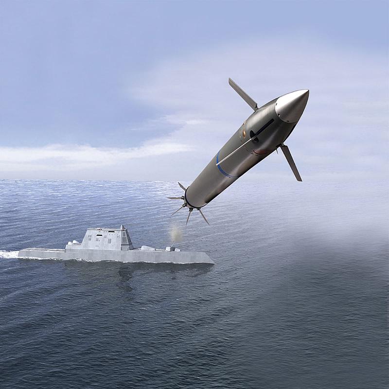 المدافع البحرية للسفن الحربية  ORD_LRLAP_Firing_from_DDG-1000_Concept_lg