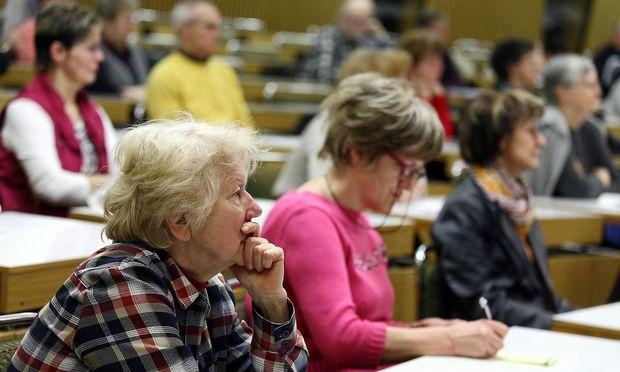 Ältere Menschen können gut Sprachen lernen 9490F4E1-E2D1-475A-AD83-20DB8BE5D9A8_1497616078953859_v0_h