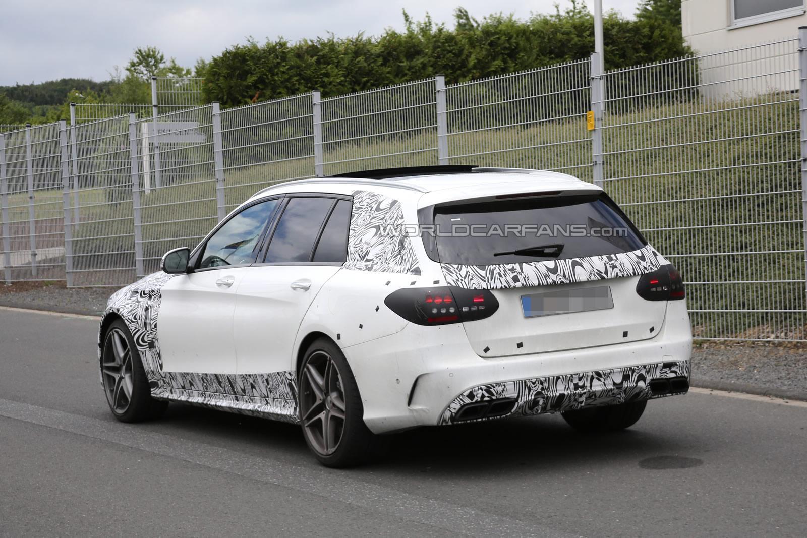 (S205): Protótipos da C63 flagrados em testes em Nürburgring C63-amg-estate-6-30-5