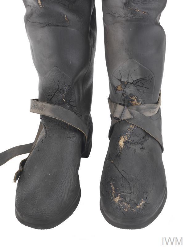Непромокаемые сапоги и болотники - НАПРОКАТ ! Large_000000