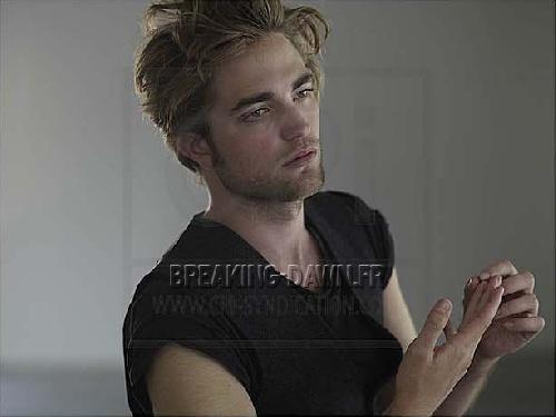 Photoshoot - Page 2 Robert-pattinson-new-photoshoot-hot-new-moon--L-3