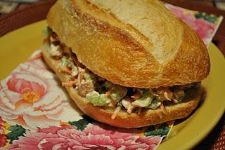 Miche à la salade de poulet Petite-miche-salade-poulet-L-1