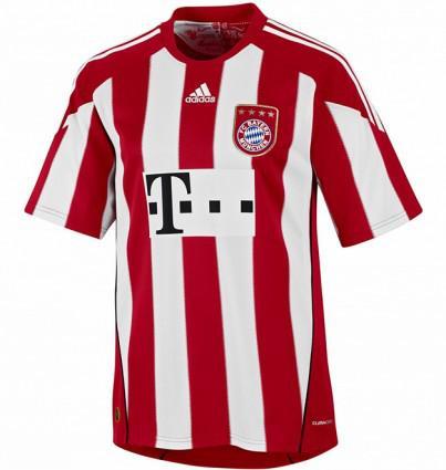 Bayern Candid' Bundesliga-nouveau-maillot-bayern-munich-2011-L-1
