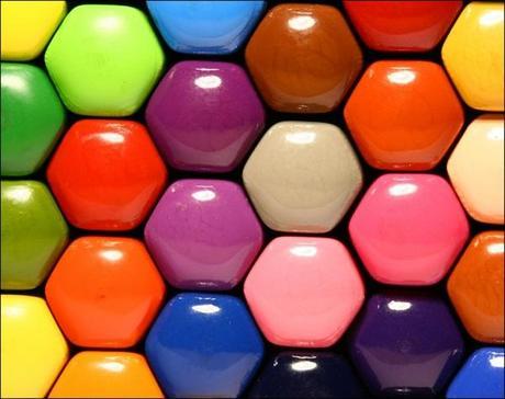 tout est multicolore - Page 5 Choisir-meilleure-couleur-foulard-4-details-f-L-FuURlD