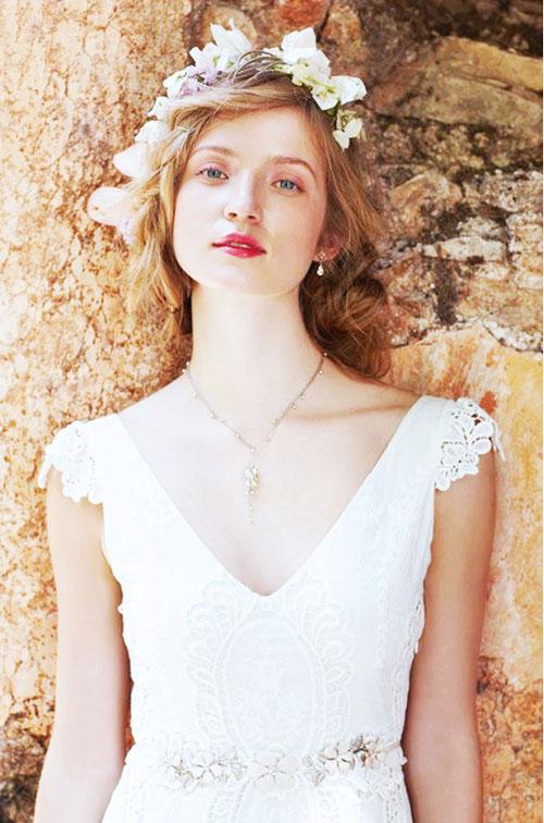 """Tuyệt chiêu chọn váy cưới cho cô nàng """"lép"""" Vay-cuoi-cho-co-dau-vai-rong-3-phunutoday_vn"""