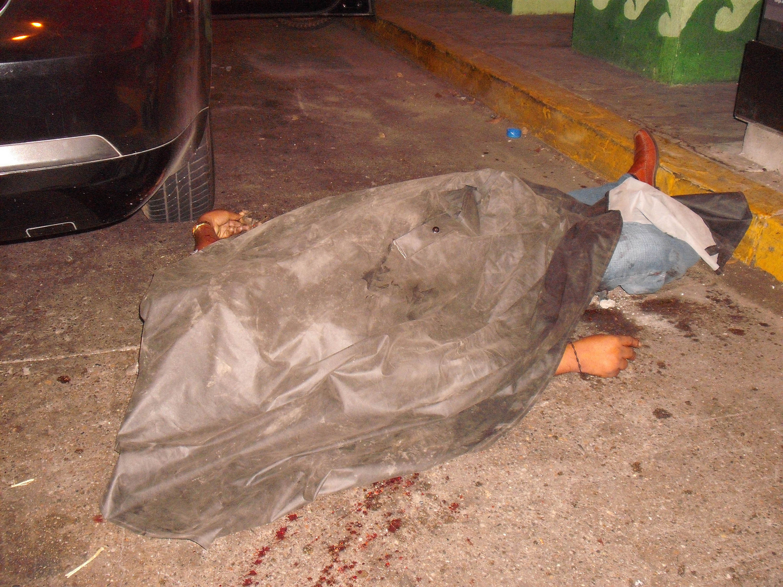 Tiran seis descuartizados en una parada de autobús en Zacatecas Ejecutados