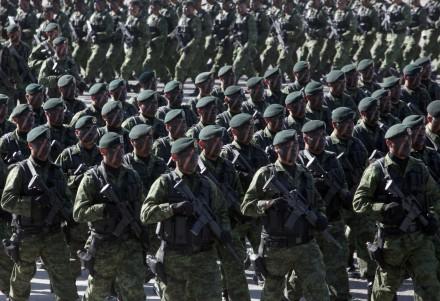 Morir en el cuartel. Fuerzas-armadas-440x301