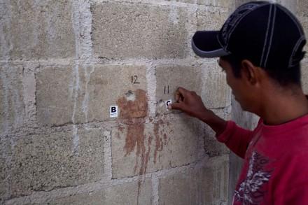 Caso Tlatlaya: 22 sicarios abatidos durante combate entre militares y organización criminal - Página 4 141007tlat-MD1-f-440x293