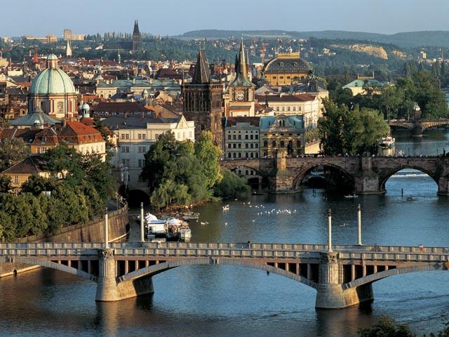 Qytete e botes... - Faqe 3 Praga