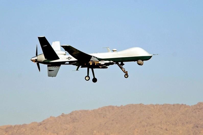 """Drones de combat : """"L'armée française franchit un pas"""", juge le général Trinquand 7773406501_un-drone-reaper"""