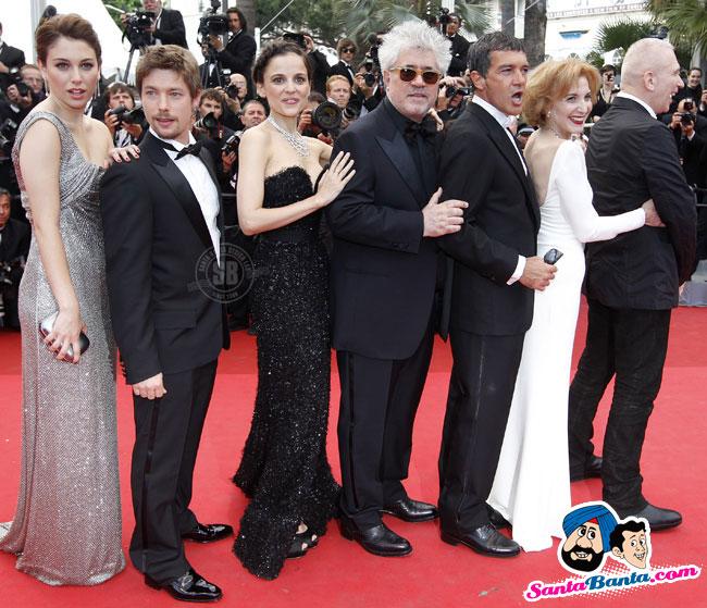 ¿Cuánto mide Pedro Almodóvar? - Altura Cannes-film-festival-2011-96