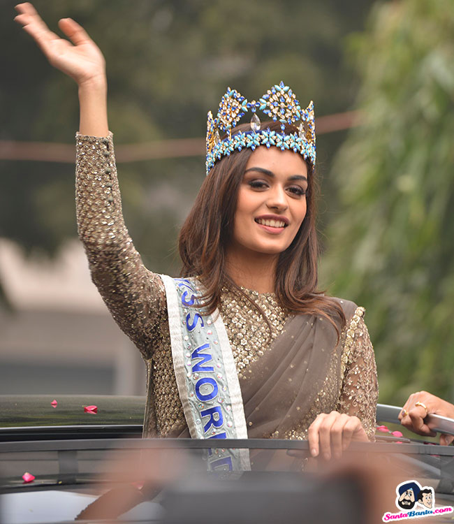 The Official Thread of Miss World 2017 ® Manushi Chhillar - India - Page 2 Manushi-chhillar-road-show-in-delhi-12