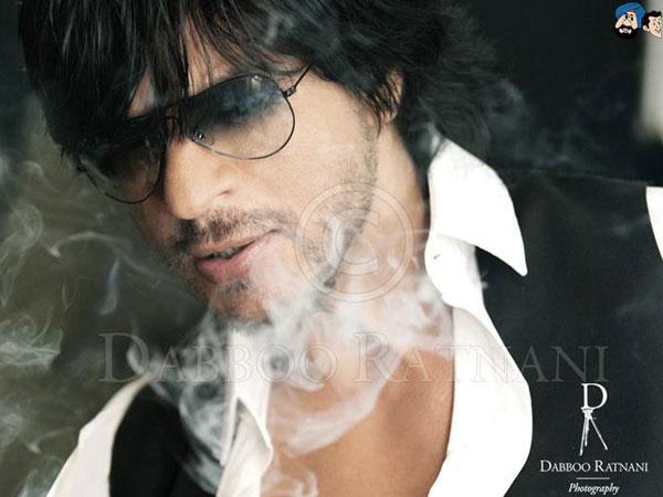 Shahrukh Khan - Stránka 5 Shah-Rukh-Khan-Dabboo-Ratnani-Calendar-2012