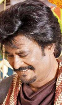 Rajinikanth paid surprise visit to Big B Rajnikanth2