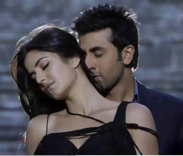 Did Ranbir share his birthday with Katrina? Ranbir-katrina2