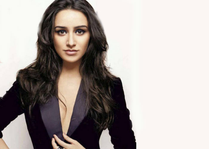 Finally Shraddha met her dream man? Shraddha-kapoor28