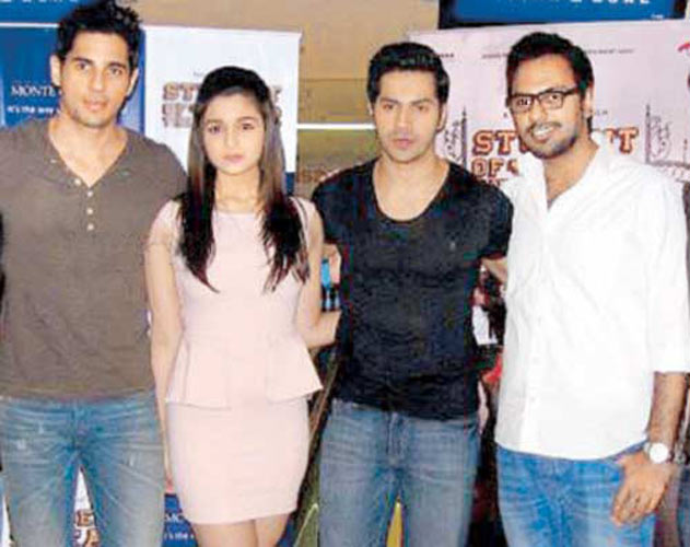 Rude Shock: Sidharth threatenes to sue fans for Rs 10 crore Soty-cast3