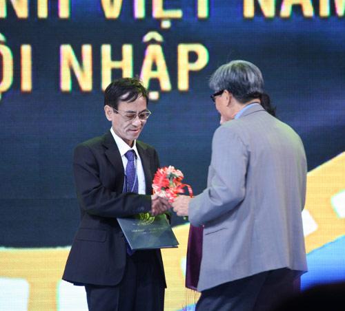 """""""Mùi cỏ cháy"""" - bộ phim được chuyển thể từ cuốn nhật ký của liệt sĩ Nguyễn Văn Thạc Hoang-nhuan-cam"""