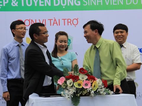 Gần 1.000 việc làm cho sinh viên ngành du lịch 3-gan-1000-co-hoi-viec-lam-cho-sinh-vien
