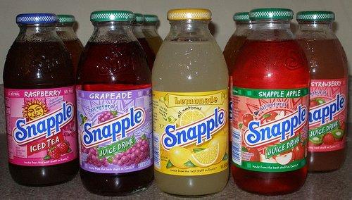Ces produits US qu'on aimerait voir en France (ou pas) 800px-Snapple_Bottles