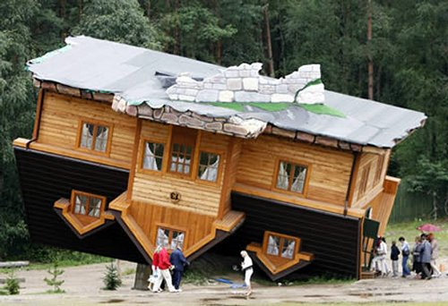 maison en vrac Oddee-a-lenvers