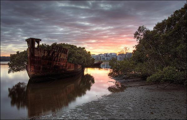 Top 25 des plus belles photos d'épaves de bateaux à travers le monde Image_thumb112_resultat