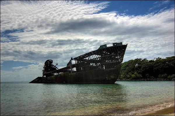 Top 25 des plus belles photos d'épaves de bateaux à travers le monde Image_thumb120_resultat