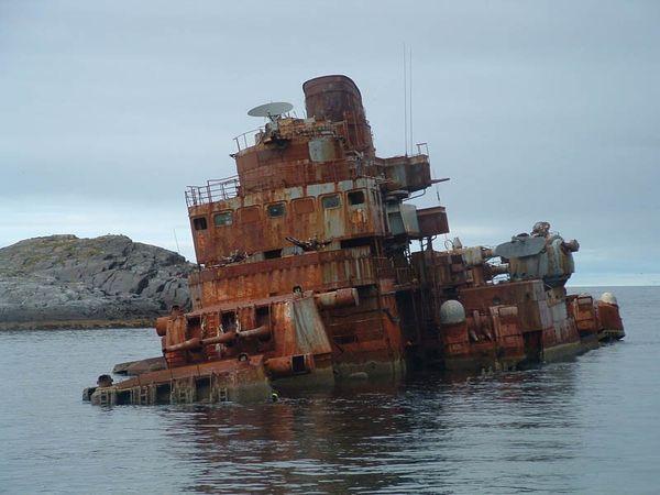 Top 25 des plus belles photos d'épaves de bateaux à travers le monde Shipwreck-4_resultat