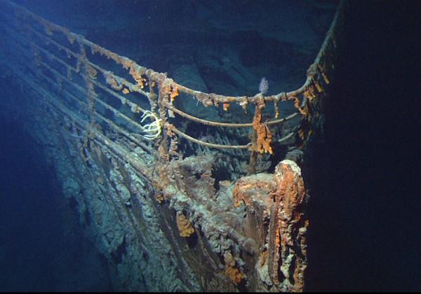 Top 25 des plus belles photos d'épaves de bateaux à travers le monde Titanic3-600x420