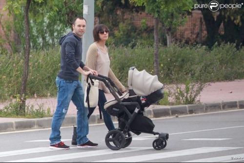 """الاندريس يخرج مع عائلته بنزهة """"صور"""" Tumblr_lks5wbFd341qg09ig"""