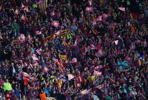 صور اضافية عن لقاء برشلونة ضد المان بعد المباراة  Tumblr_llx51xTDkQ1qd211c