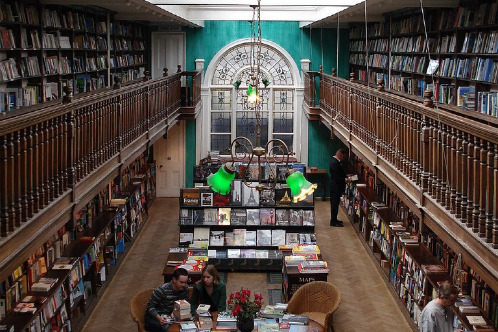 Daunt Books — один из самых красивых книжных магазинов Лондона.  Tumblr_lm61wrPXYD1qa6zov