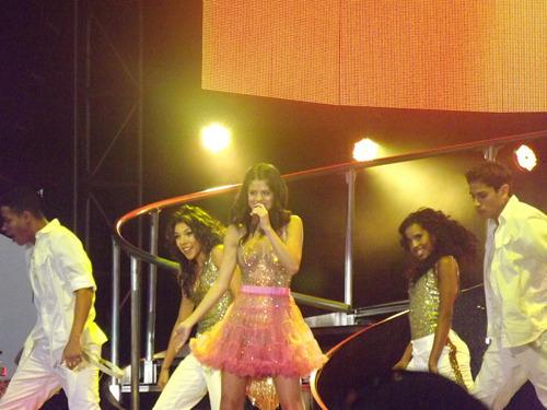 Selena Gomez[2] - Page 4 Tumblr_lpuu6muD9E1qdhvrs