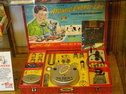 Détecteur de radioactivité avec générateur HT de Tarsonis Tumblr_lq2yd22sY81qzxkqp