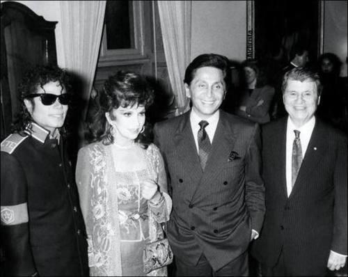 Raridades: Somente fotos RARAS de Michael Jackson. - Página 6 Tumblr_lrs04s2VlM1qbmcv3