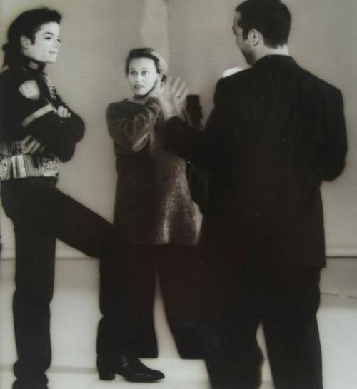 Raridades: Somente fotos RARAS de Michael Jackson. - Página 5 Tumblr_lz7dniBsLg1qekyfk
