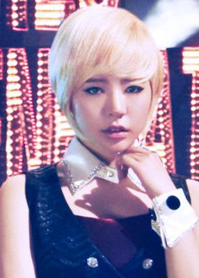 "Girls' Generation (SNSD) >> album ""Girls' Generation""[REPACKAGE ""THE BOYS""] - Página 14 Tumblr_m4xgnyzn9g1r1ac52"