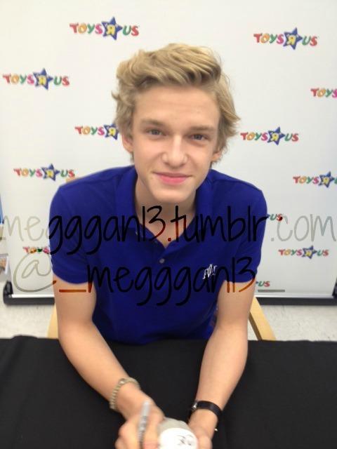 Cody Simpson.[2] - Page 38 Tumblr_m7xp7m42id1r4vkts