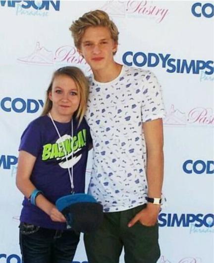 Cody Simpson. - Page 38 Tumblr_m88r0j34yC1r5fu90