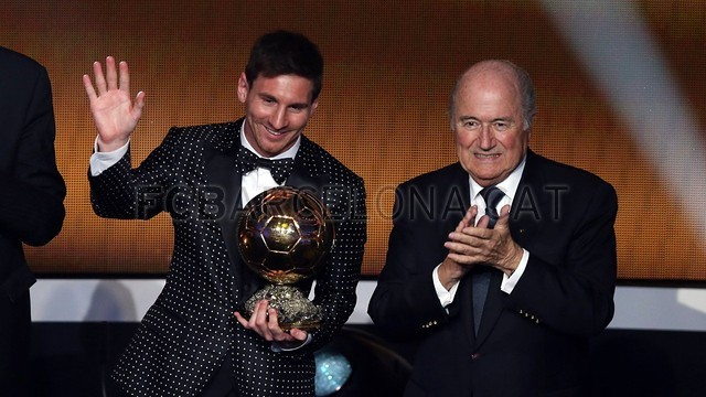 Lionel Messi, the man of the four Golden Balls 2013-01-07_GALA_BALON_ORO_22-Optimized.v1357650140