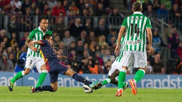 صور المباراة: برشلونة 4-2 بيتيس  05-05-2013 2013-05-05_FC_BARCELONA_-_BETIS_-_05-Optimized.v1367789247