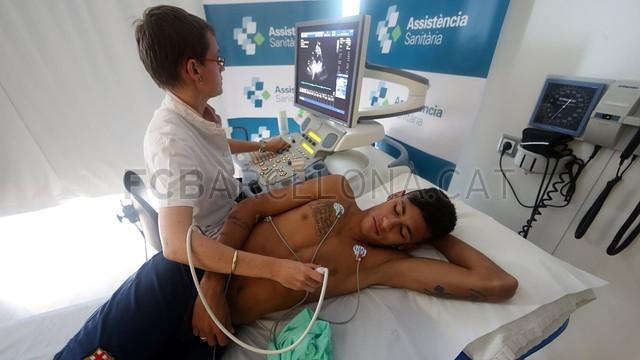 بالصور لحضة وصور نيمار لعمل الفحص الطبي في برشلونة  2013-06-03_NEYMAR_84-Optimized.v1370274290