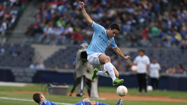 Spécial Messi et FCBarcelone - Page 39 S_flying_high_samir_during_the_final_game_v_chelsea_in_new_york.v1394537046